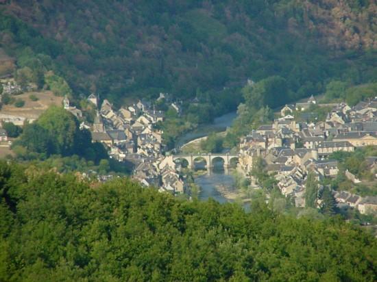 Saint-geniez-d'olt vu de pierrefiche d'olt